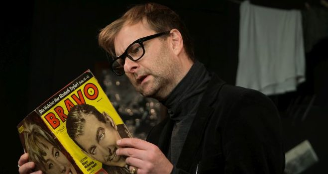 """Vampir-Komödie im """"Bronski & Grünberg"""": Neues Theater geht mit """"Dracula"""" an den Start"""