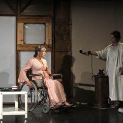 """""""Was geschah mit Baby Jane?"""" im Theater Center Forum: Geschwisterhass und Diven-Fehde"""